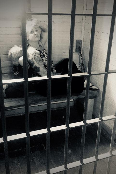 jess_n_rudy_in_jail